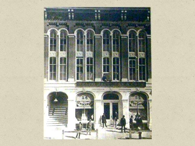 Schroeder-DeGraw building old-style